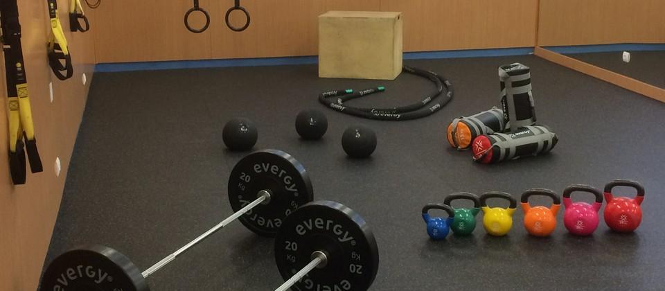 Academia de Fitness - Estudio