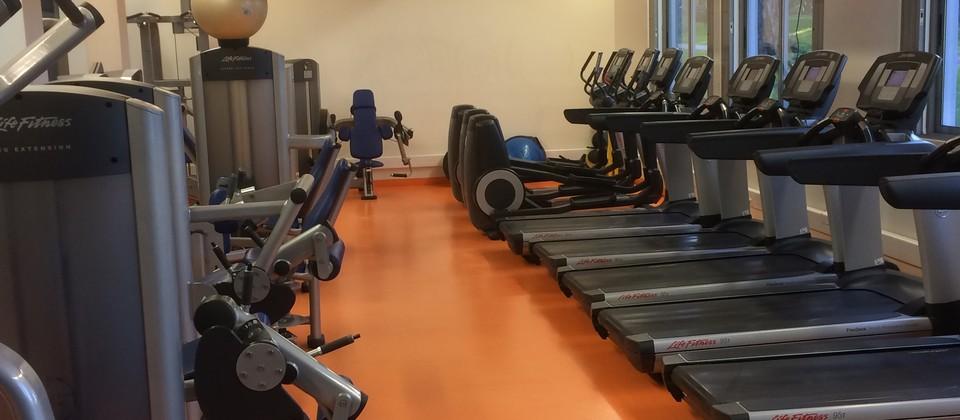 Academia de Fitness - Sala de Exercício